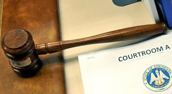 Court-House,-gavel--Gill_92